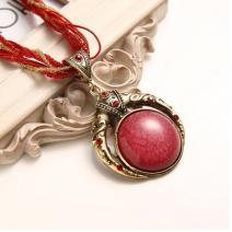 Náhrdelník Vintage - Červená/Zlatá