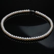 Perlový náhrdelník - Biela