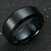 Prsteň Manlike-Čierna/65mm
