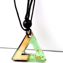 Náhrdelník Triangle Resin-Zelená