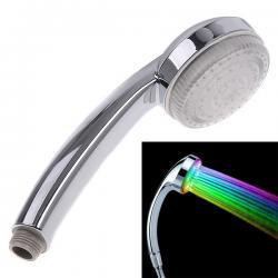 Romantická LED sprchová hlavica