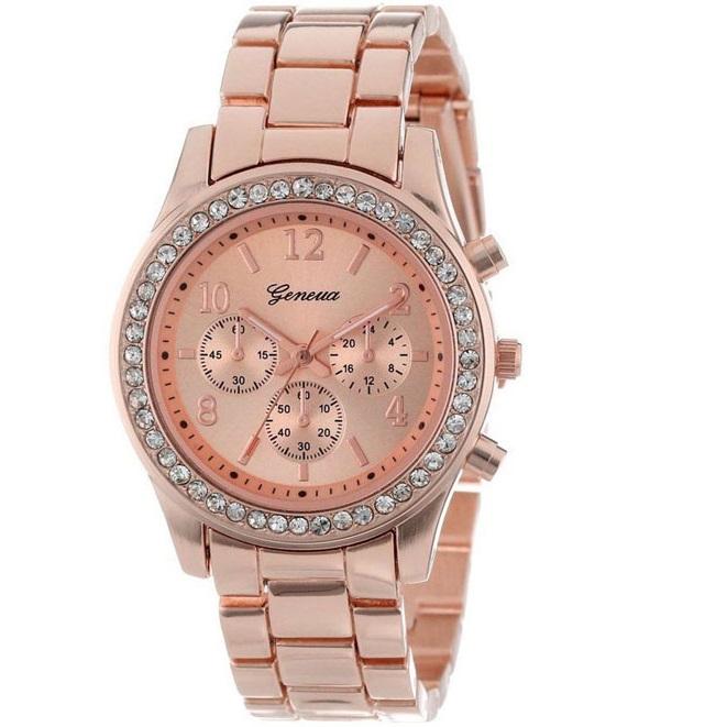 Damske hodinky quartz hranate  9c4f2c35f6