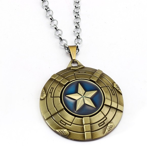 Náhrdelník Štít Captain America-Zlatá KP4111 2082dddada